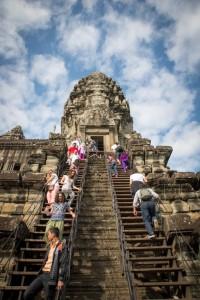Aufstieg zu den Kuppeln von Angkor Wat