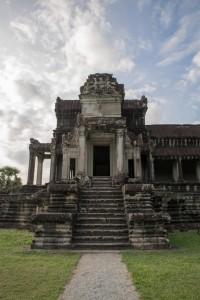 Eingang zu kleineren Räumlichkeiten von Ankor Wat
