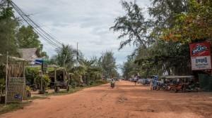 Die Strasse am Otres Beach 1